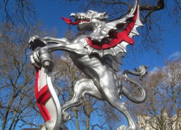 copy of dragon marking the boundary of the city of london